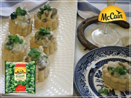 Chicken, Mushroom & Broccoli Vol Au Vents