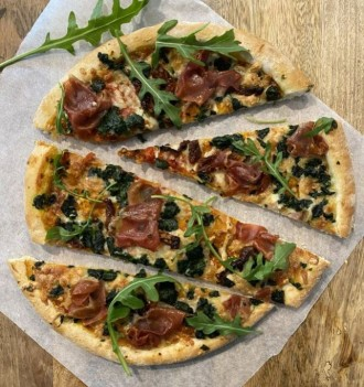 Fresh Prosciutto & Rocket Rustica Pizza